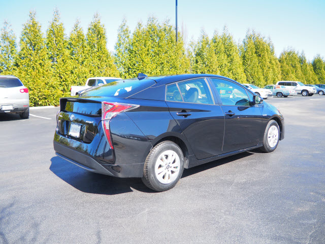Pre-Owned 2017 Toyota Prius Three